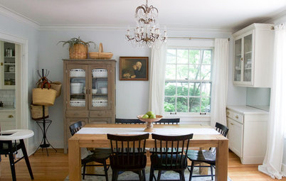 My Houzz: Cozy and Family-Friendly in a Colonial-Style Home