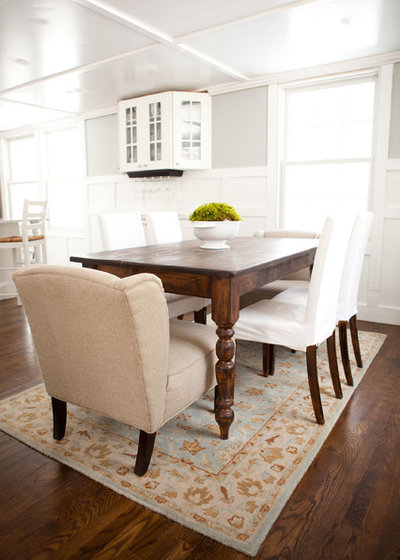 Budget decorator 8 ways to make old furniture look brand new - Como pintar muebles antiguos ...