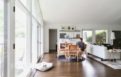 Illinois My Houzz: Light and Balance in a 1950s Ranch Renovation