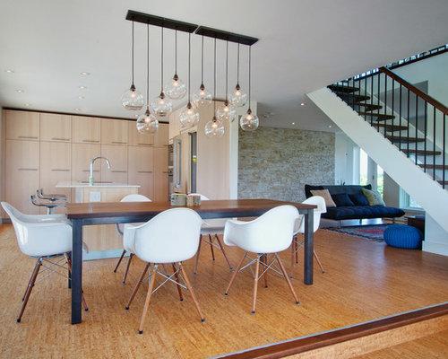 Example Of A Trendy Medium Tone Wood Floor Great Room Design In Toronto