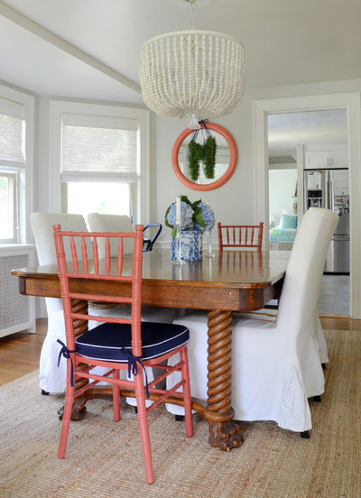 Beach Style Living Room by Design Fixation [Faith Provencher]