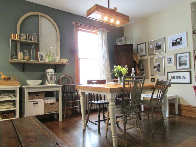 Farmhouse Dining Room by Jenn Hannotte / Hannotte Interiors