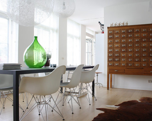 This Is An Example Of A Contemporary Dining Room In Amsterdam