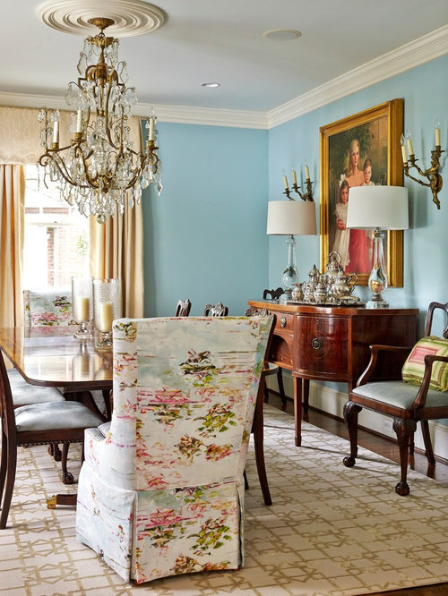 Lovely ideas for victorian dining room light of dining room for Victorian dining room decorating ideas