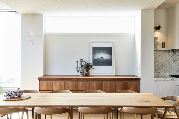 Contemporary Dining Room by Bondi Kitchens
