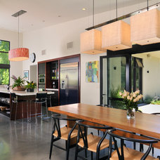 Modern Dining Room by Suzanne Miller interiors
