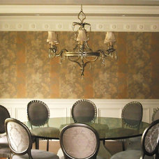 Traditional Dining Room by david phillips