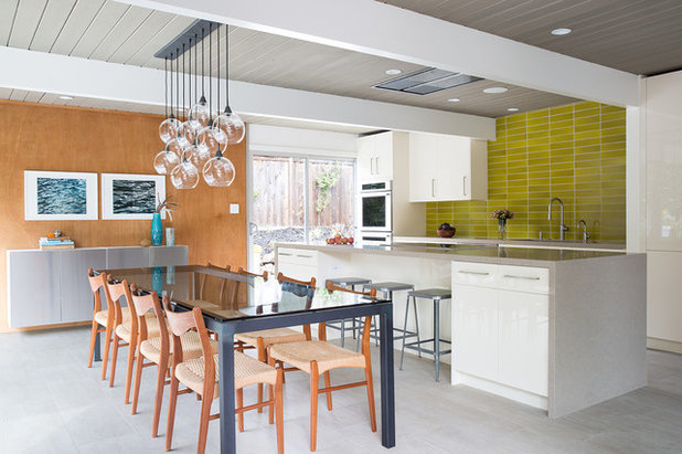 Midcentury Dining Room by Gast Architects