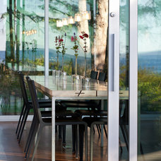 Modern Dining Room by Heliotrope Architects