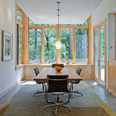 Contemporary Dining Room by Thielsen Architects, Inc. P.S.