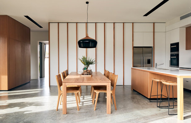 Modern Dining Room by STAR Architecture
