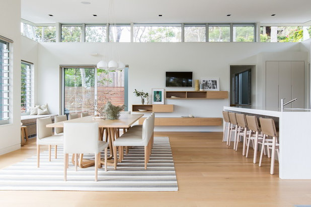 Scandinavian Dining Room by Albert Hoggett Architects Pty Ltd