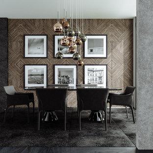 Bild på en funkis matplats, med bruna väggar, mörkt trägolv och svart golv