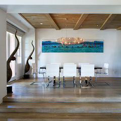 contemporary dining room by Erica Islas  / EMI Interior Design, Inc.