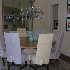 Traditional Dining Room by A Waters