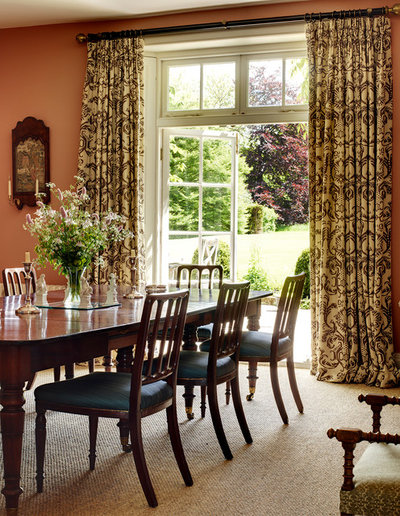 American Traditional Dining Room by Melissa Wyndham