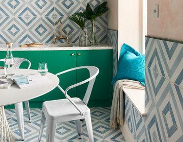 Optiks Blue and White Diamond Print Tile