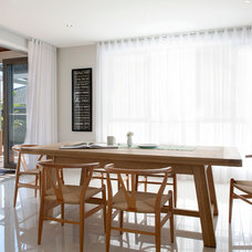 Contemporary Dining Room by Michelle Williams Photography