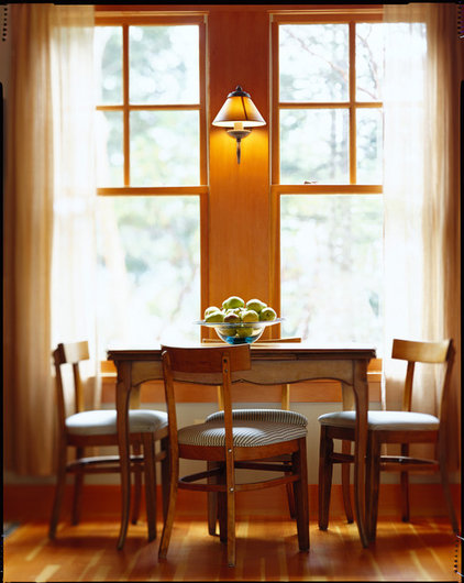 traditional dining room by David Vandervort Architects