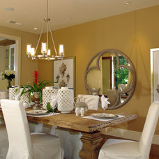 Beach Style Dining Room by Lisa Benbow - Garnish Designs