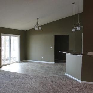 Ispirazione per una sala da pranzo aperta verso la cucina chic di medie dimensioni con pareti verdi, pavimento in gres porcellanato, nessun camino e pavimento verde