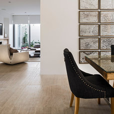 Modern Dining Room by Swell Homes