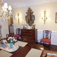 Traditional Dining Room by MODA FLOORS AND INTERIORS