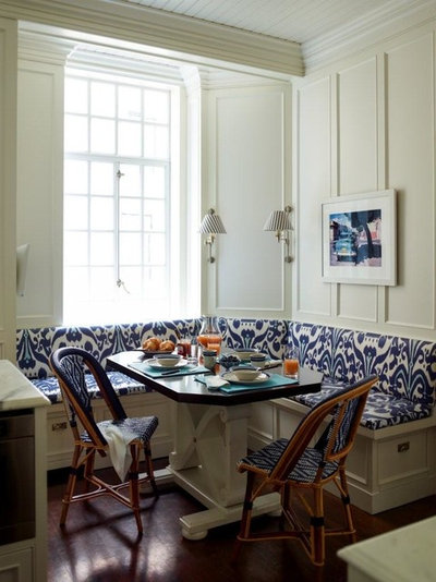 Traditional Dining Room by Studio 511