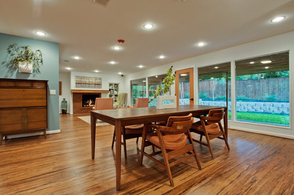 Modern Dining Room by PBH Construction