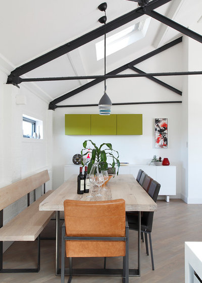 Contemporary Dining Room by Ensoul Ltd