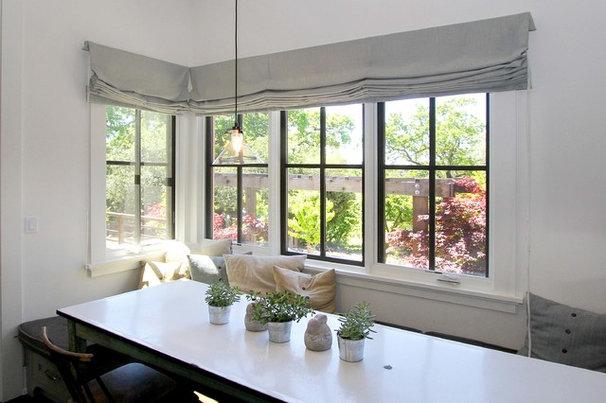 Farmhouse Dining Room by Julia Katrine Designs