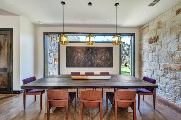 Contemporary Dining Room by parmadesign