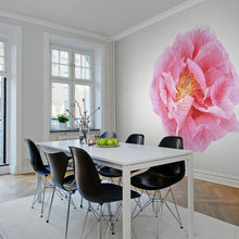 Spotted! Oversized Floral Feature Walls