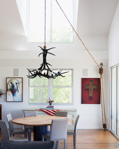 Modern Dining Room by Hufft