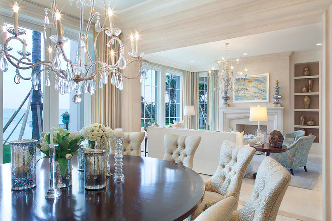 Traditional Dining Room by ibi designs