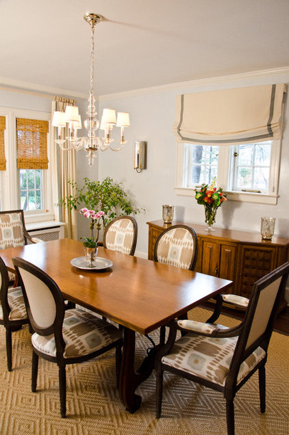 Traditional Dining Room by Rajni Alex Design