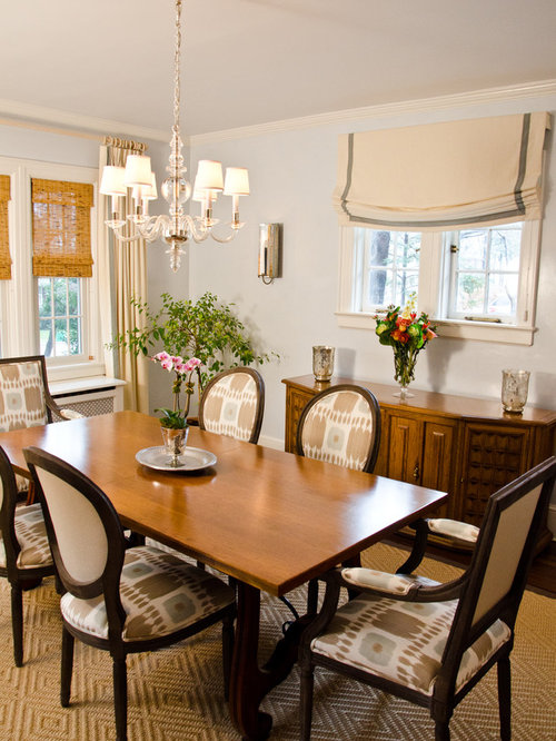 Inspiration For A Timeless Dining Room Remodel In New York With White Walls