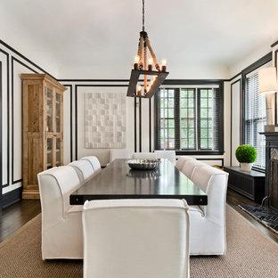 Diseño de comedor contemporáneo, cerrado, con paredes blancas, suelo de madera oscura, chimenea tradicional y marco de chimenea de baldosas y/o azulejos