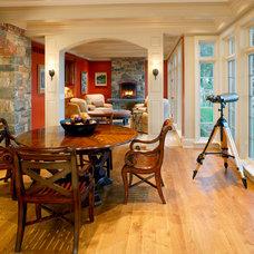Traditional Dining Room by Bernardon Haber Holloway Architects