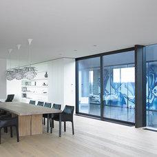 Modern Dining Room by AREA Handelsgesellschaft mbH - Linz OÖ