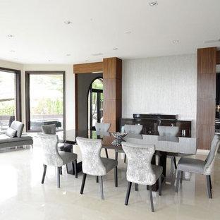 Ejemplo de comedor minimalista, grande, cerrado, sin chimenea, con paredes blancas, suelo de mármol y suelo blanco