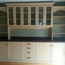 Traditional  by Chesapeake Closets