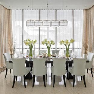 Идея дизайна: столовая в стиле современная классика с бежевым полом