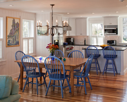 Beach Style Dining Sets: Windsor Chairs