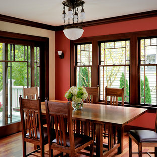 Dining room - craftsman dining room idea in Seattle
