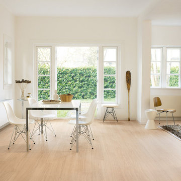 QuickStep Perspective Wide Oak White Oiled Planks 2v-groove Laminate Flooring 9.