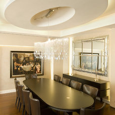 Contemporary Dining Room by tuba yavuzer