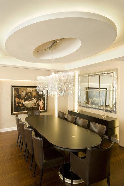 Contemporary Dining Room by tuba yavuzer