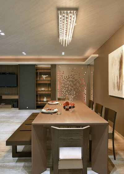 Contemporary Dining Room by fsnd