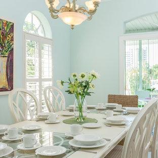 Idéer för en exotisk matplats, med blå väggar